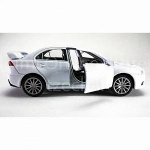 Welly 1:34-1:39 Die-cast Mitsubishi Lancer Evolution X Car White Color Model