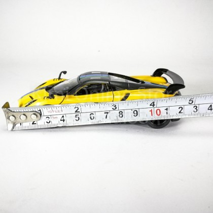Kinsmart 1:38 Die-cast 2016 Pagani Huayra BC Race Car Metal Model Collection