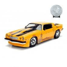 Jada 1:24 Die-Cast 1977 Chevy Camaro with Coin Transformers Model Collection