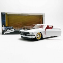Jada 1:32 Fast & Furious Die-Cast Roman's Ford Mustang Car Model Collection
