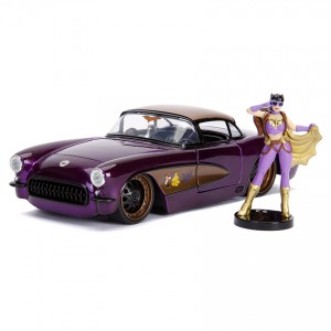 Jada 1:24 Die-Cast Hollywood Rides Batgirl & 1957 Chevy Corvette Car Model Collection