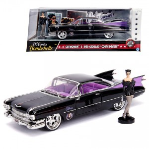Jada 1:24 Die-Cast Hollywood Rides Catwoman & 1959 Cadillac Coupe DeVille Car Model Collection