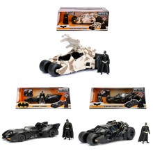 Jada 1:24 Die-Cast 3 in 1 Batman & Batmobile Set Model Collection