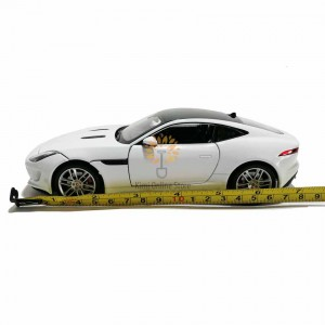 Welly 1:24 Die-cast Jaguar F-Type Coupe Car Model White with Box Collection Christmas New Gift
