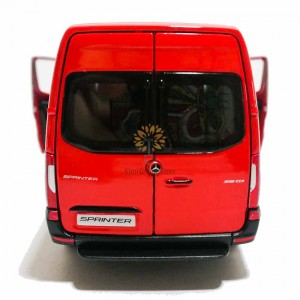 Kinsmart 1:48 Die-cast 2020 Mercedes-Benz Sprinter Van Car Model with Box Collection Toy