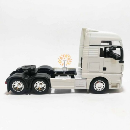 Welly 1:32 Die-cast MAN TGX 6 x 4 Wheel Tractor Truck Model White with Box Collection Christmas New Gift
