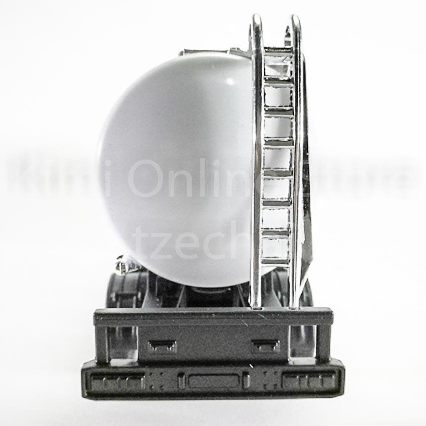 Welly 1:64 Die-cast Scania V8 R730 BP Oil Tanker Truck White Model Collection