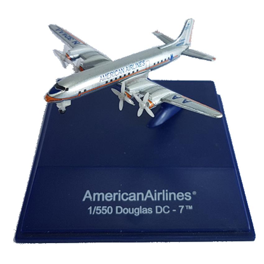 NewRay Die-cast Sky Pilot American Airlines 1:550 Douglas DC-7TM New Model