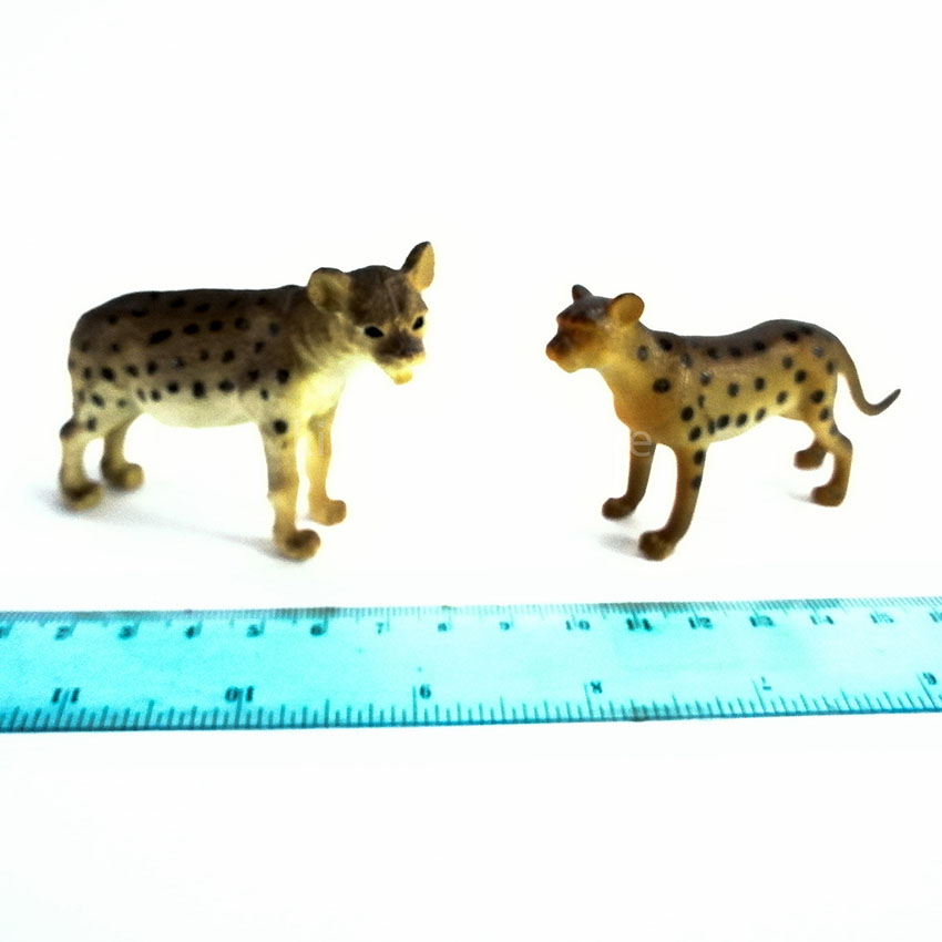 National Geographic 45 pcs Wild Animal Figurines Genuine Authentic Plastic Gift