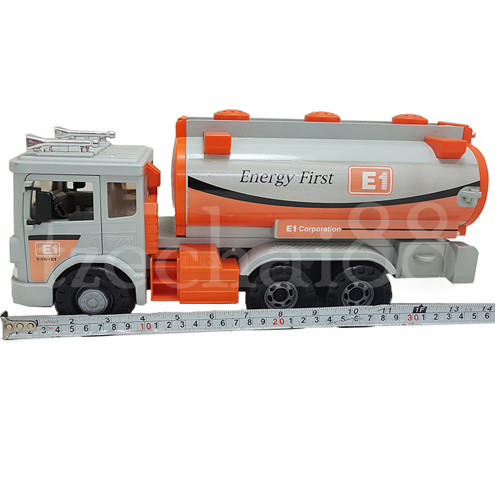 Daesung Petrol Tanker LPG E1 Tank Truck Door Openable Made in Korea Friction Toys Model Genuine, Generic, Authentic DS-965-1
