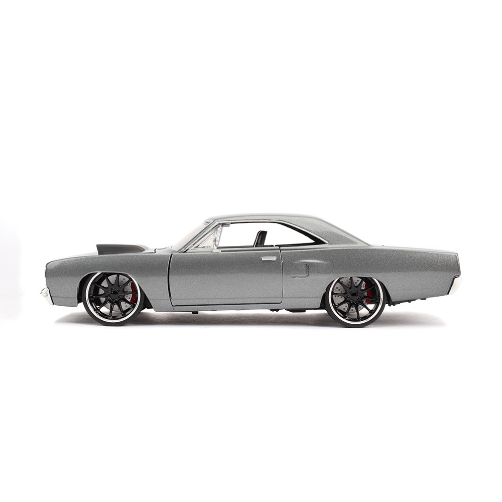 Jada 1:24 Fast & Furious Die-Cast Dom's 1970 Plymouth Road Runner Grey Model Collection